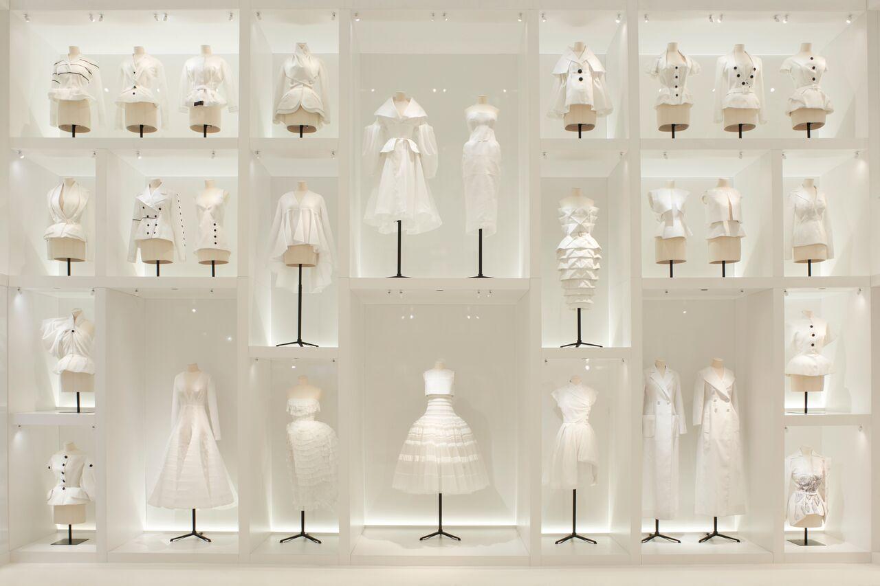 EstiloMarques_Exposicion-Dior-70-años-Museo-Artes-Decorativas-Paris-Toiles