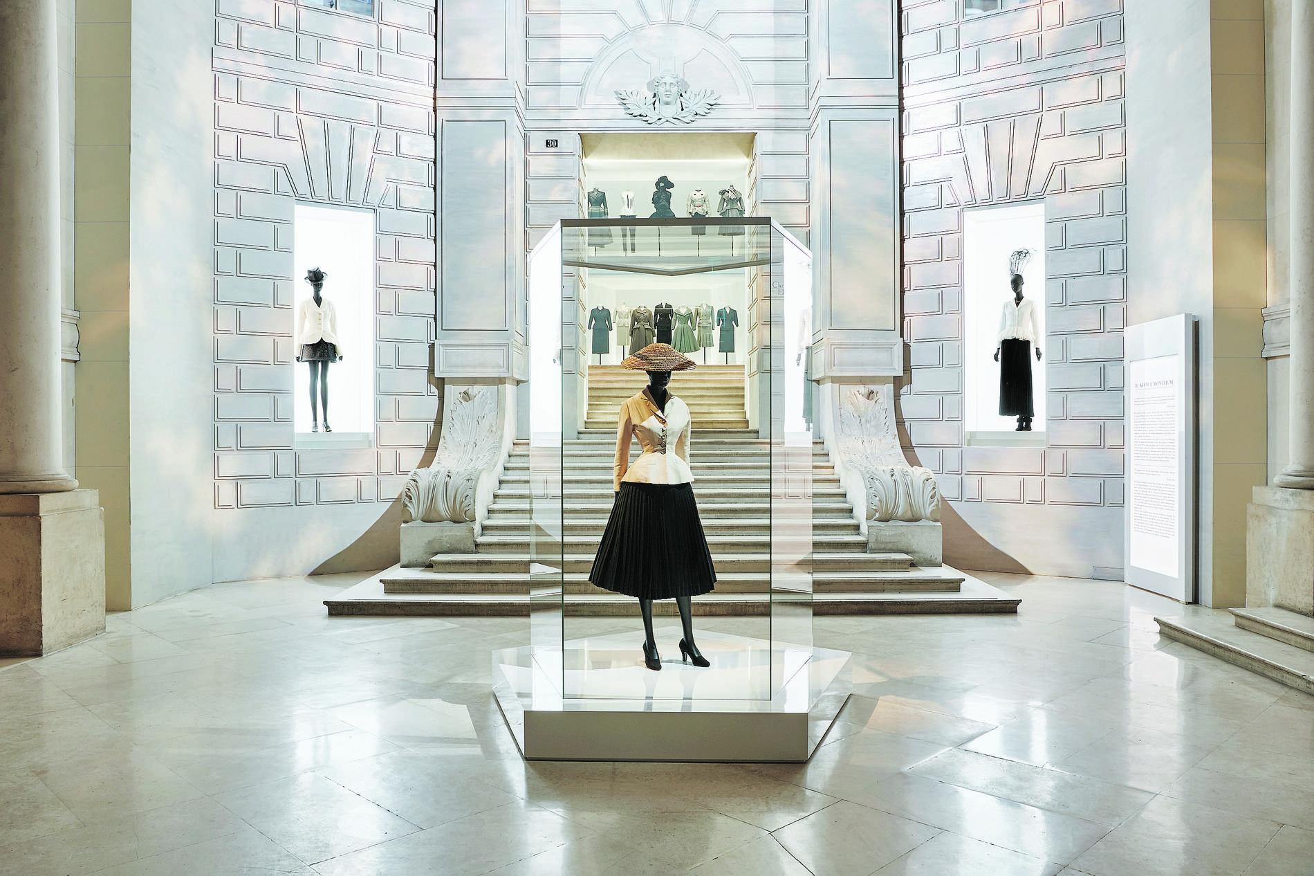 EstiloMarques_Exposicion-Dior-Museo-Artes-Decorativas-Paris-New-Look